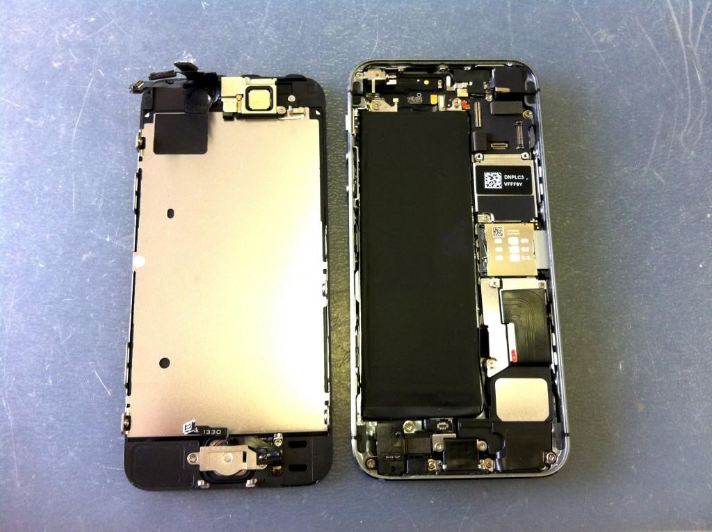 iPhone5Sフロントパネル取り外し完了
