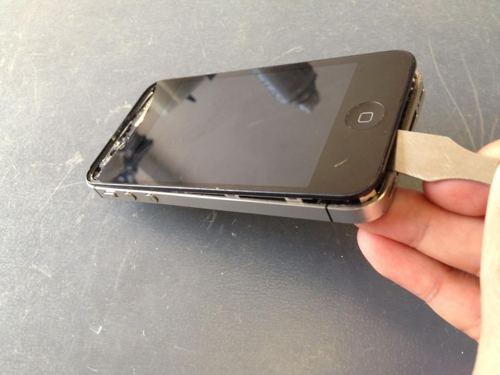 iPhone4Sフロントパネル外し