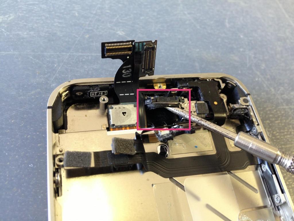 iPhone4Sイヤスピーカー取り外し