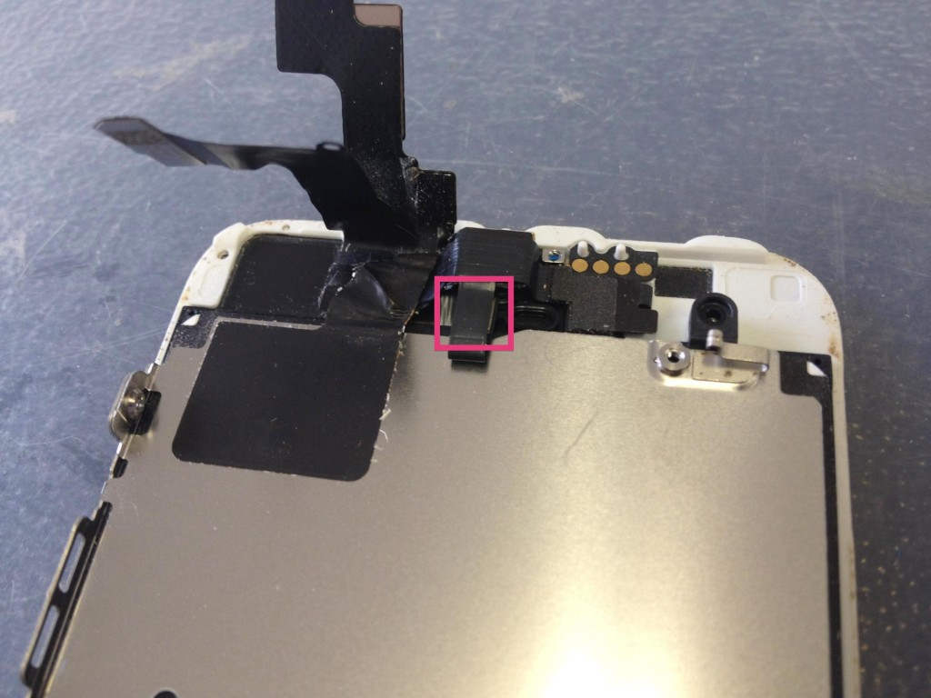 iPhone5Sセカンドマイク外す