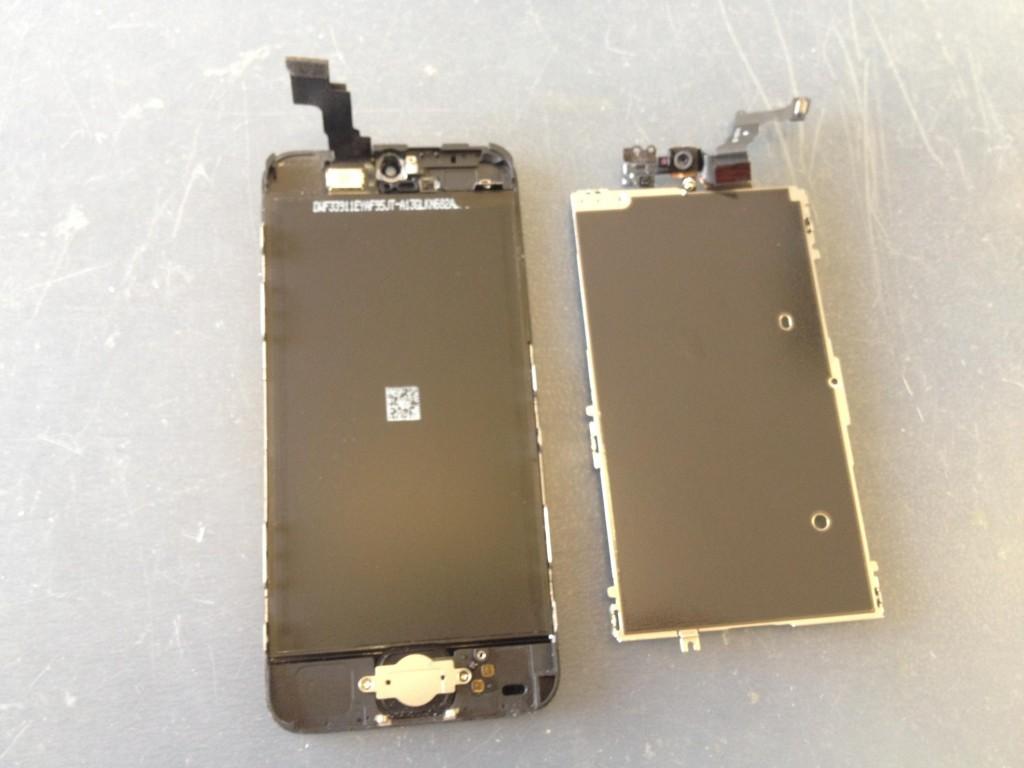 iPhone5Cインカメラケーブル修理